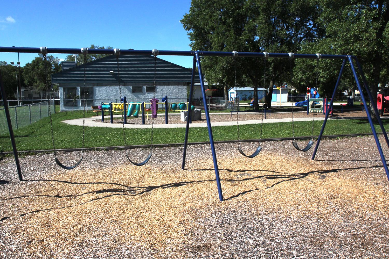 playground-swing