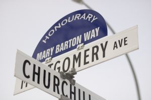 Riverview Street sign